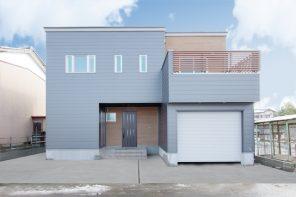 長野「趣味を楽しむインナーガレージとアウトドアリビングのある家」 ハーバーハウス長野支店