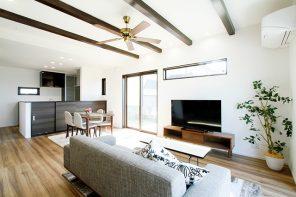 長野「大きな窓から海を望む、バリ風インテリアハウス」 ハーバーハウス長野支店