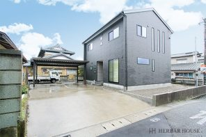長野「吹抜け×鉄骨階段 立地に合わせた、抜け感のある居心地の良い家」 ハーバーハウス長野支店