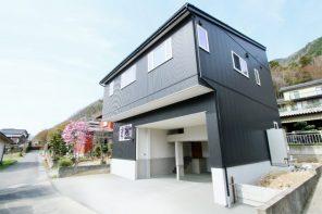 長野県千曲市磯部「REVELTA ロフトを利用した大容量収納のインナーガレージハウス」住宅完成見学会
